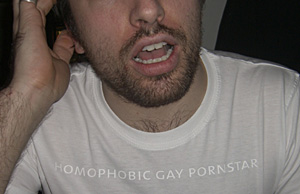 HOMOPHOBIC GAY PORNSTAR (Close-up)